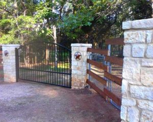 fence and gate contractors
